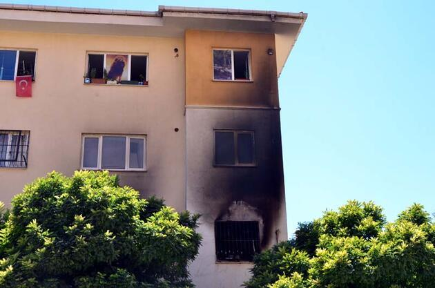 Son dakika... Uyuşturucu parası vermeyen annesinin evini yaktı