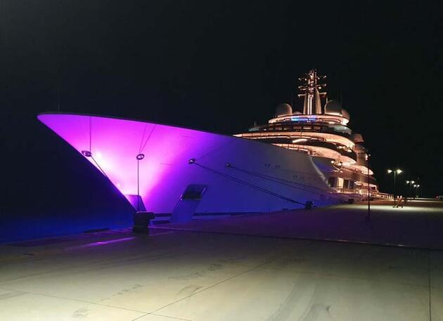 Son dakika... Mega yat 'Scheherazade' Bodrum'a 3 milyon lira bıraktı