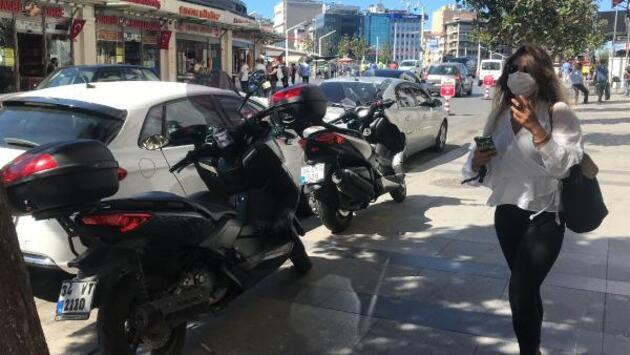 Son dakika... Taksim'de kaldırımlarda motosiklet işgali