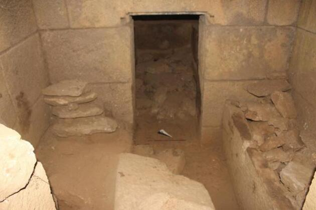 Son dakika... Aydın'da ilk kez yazıtlı oda mezar bulundu