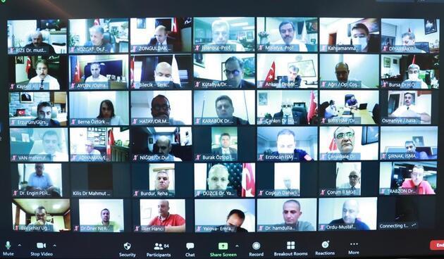 Bakan Koca video konferansla görüştü! 81 il için koronavirüs zirvesi