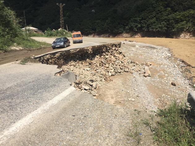 Giresun'da selden zarar gören yollar yenileniyor - Günün Haberleri