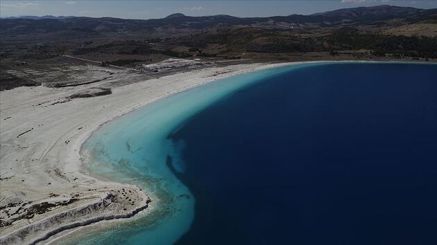 Son dakika... Vali Arslantaş: Salda Gölü'nde ziyaretçi sayısında kısıtlama yapma planlaması içerisindeyiz