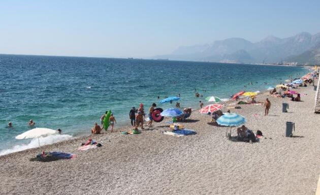 Son dakika..Antalya'da hissedilen sıcaklık 47derece!