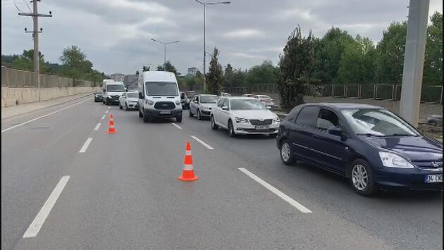 Son dakika! İstanbul'da hafriyat kamyonları çarpıştı!