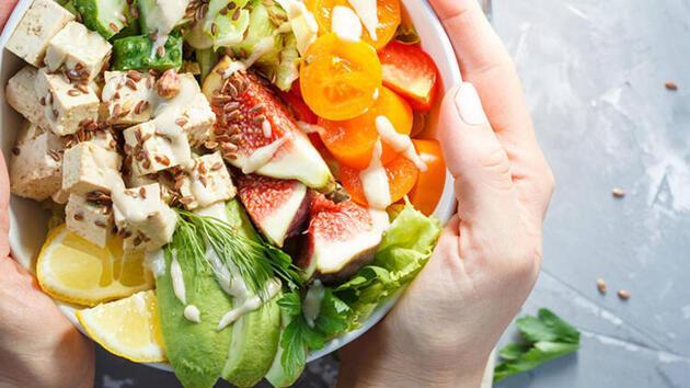 Et kadar protein içeren en iyi bitki bazlı besinler