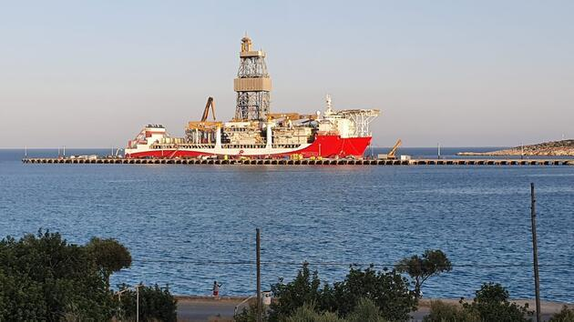 Türkiye'nin üçüncü sondaj gemisi 'Kanuni', Akdeniz'e açılmaya hazırlanıyor