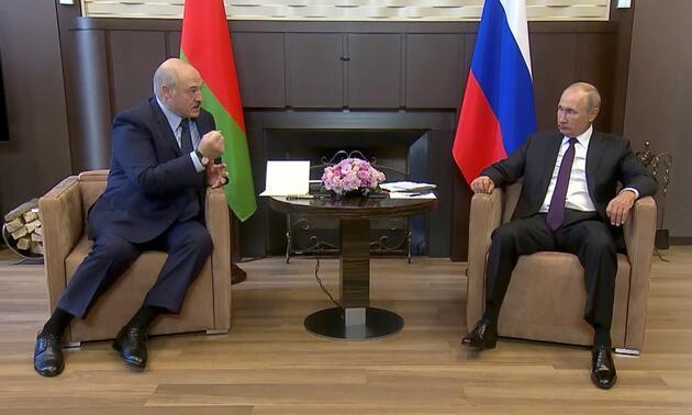Lukaşenko Putin'den 1.5 milyar dolarlık kredi aldı
