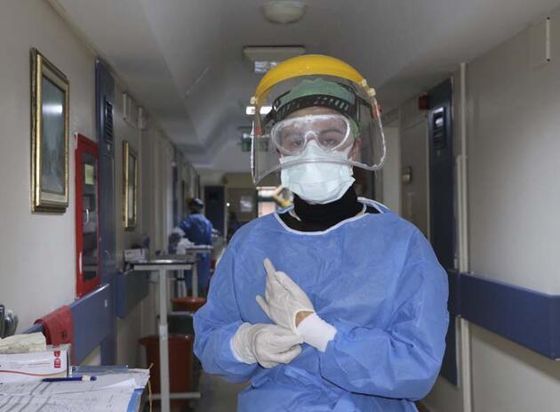 Koronavirüsü yenenhemşire: Biz tek başımıza savaşamayız