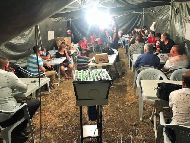 Arazide çadırda yakalandılar! 37 kişiye para cezası!