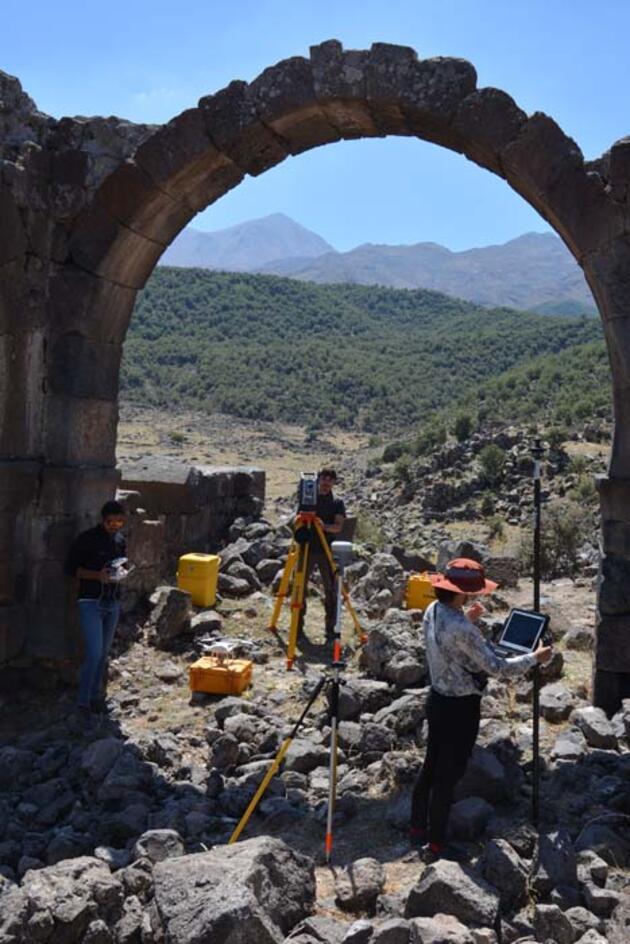 Hasan Dağı'nın gölgesinde bir mahsun ören: Viranşehir/Mokisos Antik Kenti