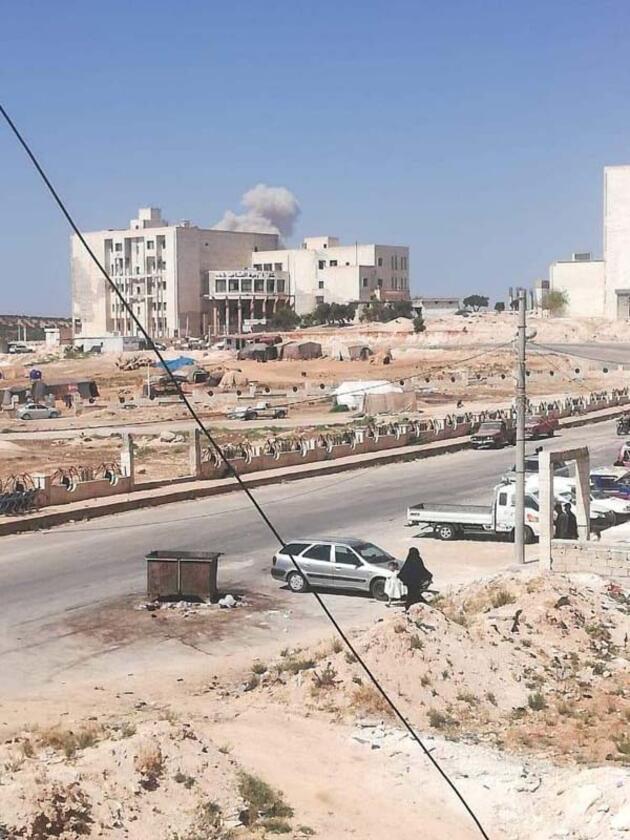 Son dakika... Rus uçakları, Suriye'nin İdlib kentinin güneyini bombalıyor