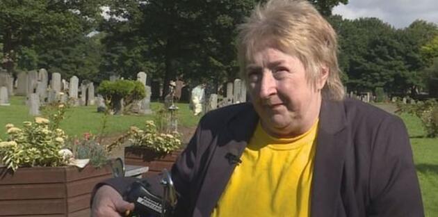 İskoçya'da 45 yıl önce ölen bebeğin mezarı boş çıktı