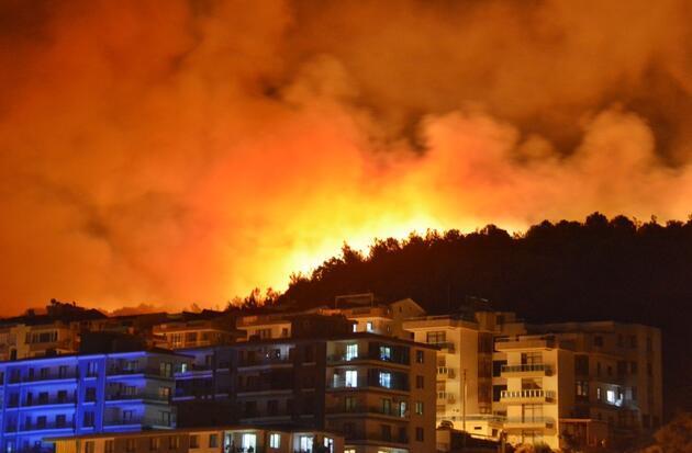 İzmir Dikili'de korkutan yangın