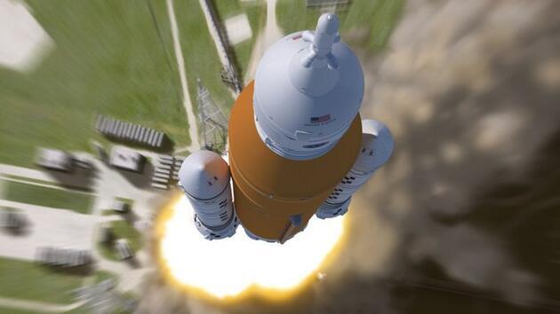 Son dakika... NASA 2024'te Ay'a ilk kadın astronotu göndermeyi planlıyor