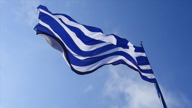 Hedefte yine Türkiye var: Yunan gazetesi hakaretlerini dün de sürdürdü!