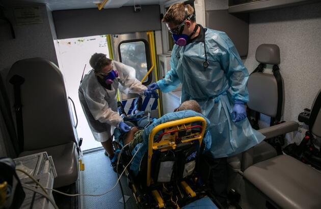 Can kaybı 975 bini aştı: İşte koronavirüste anbean yaşananlar