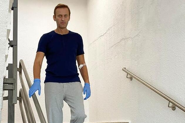 Zehirlenen Rus muhalif Navalny'in sağlık durumuyla ilgili yeni gelişme