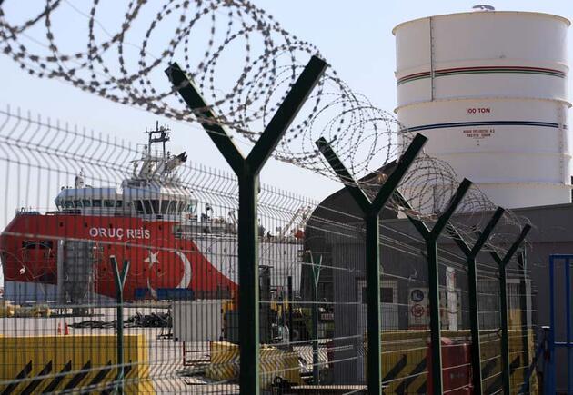 Son dakika... 'Oruç Reis', yeniden Antalya Limanı'nda