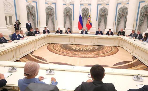Putin'den nükleer santral tepkisi: Odunla mı ısınacaksınız