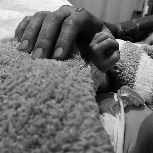 Gigi Hadid ve Zayn Malik çiftinin bebekleri doğdu