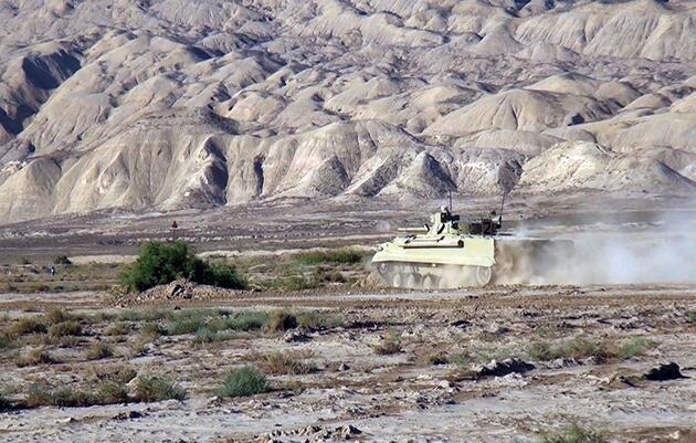 Erivan'a gözdağı! Askeri tatbikatlar yoğunlaştı