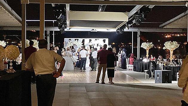 Görevliler gidince eğlenceye devam ediyorlar: 'Virüs garantili' İstanbul geceleri