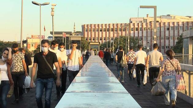 Son dakika...   İstanbul'da kademeli mesai; memnun olan da var kalabalıktan dert yanan da