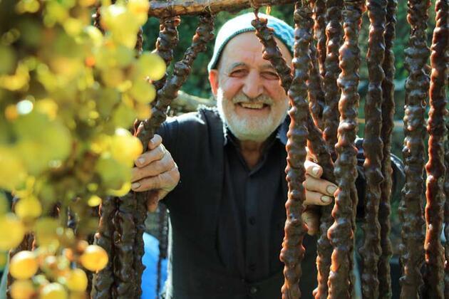 """Elazığ'ın tescilli lezzeti """"orcik"""" için mesai başladı"""