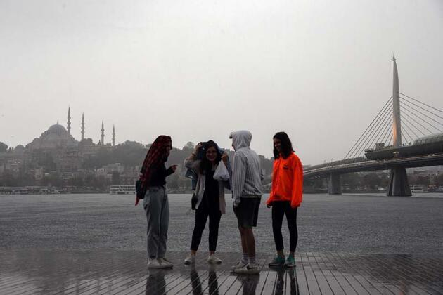 Son dakika haberi... Fotoğraflar bugün çekildi! İstanbul'da sağanak