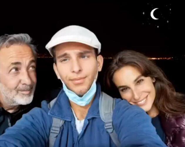 Arzum Onan ile Mehmet Aslantuğ'dan aile pozu