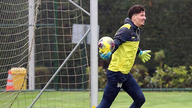 Fenerbahçe transfer haberleri... Altay Bayındır'a dev talip!