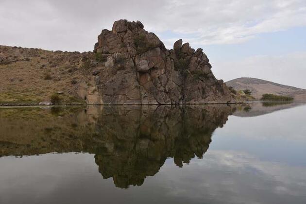 Tarih ve doğa bir arada! Selçuklu yadigarı Çeşnigir Kanyonu görenleri hayran bırakıyor