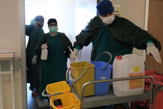 Son dakika... Pandemi servisinde çalışan doktor, süreci kare kare fotoğrafladı