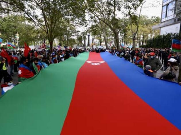 New York'ta Azerbaycan'a destek gösterisi