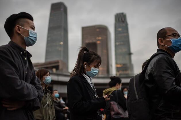 Dünyada ikinci dalga alarmı: Avrupa yeniden evlere kapandı, Çin'de bir ilk yaşandı
