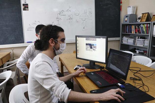 ODTÜ'lü öğrencilerin tasarladığı uzay keşif aracına ödül