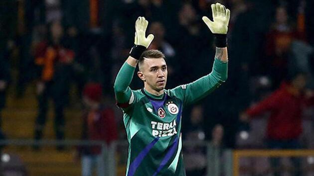 Galatasaray son dakika haberleri: Terim'den beklenen karar!