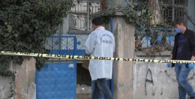 Binanın bodrum katında 17 dinamit lokumu bulundu