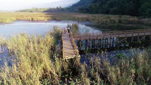 'Şelaleler ve göller şehri' sonbaharda doğaseverleri cezbediyor