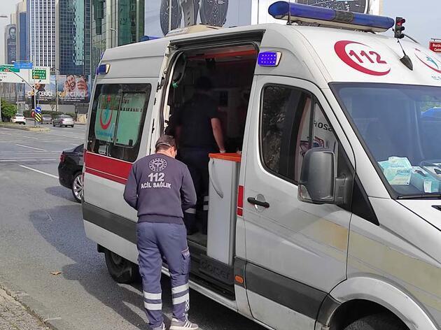Şişli'de karantinayı ihlal etti; Ambulansla eve götürüldü