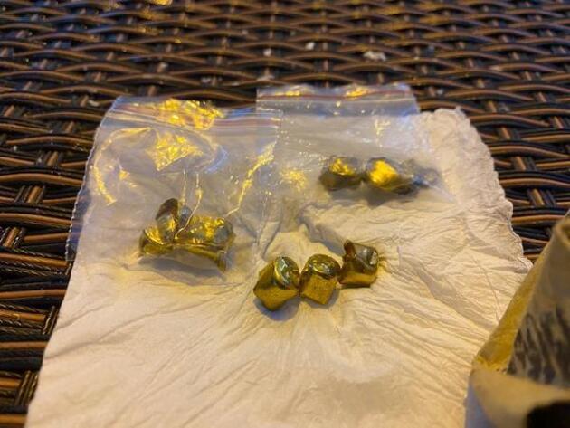 Sahte altın diş ile dolandırıcılık yapanlar yakalandı