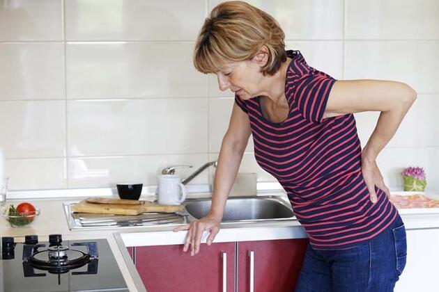 Bel fıtığını önlemenin 3 önemli yolu! İşte bel fıtığını tetikleyen hatalar