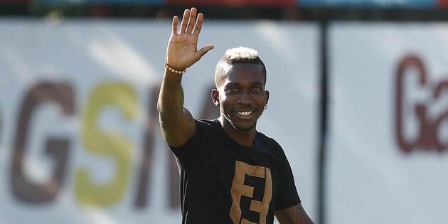 Galatasaray transfer haberleri: Yönetimin barışma hediyesi Henry Onyekuru!