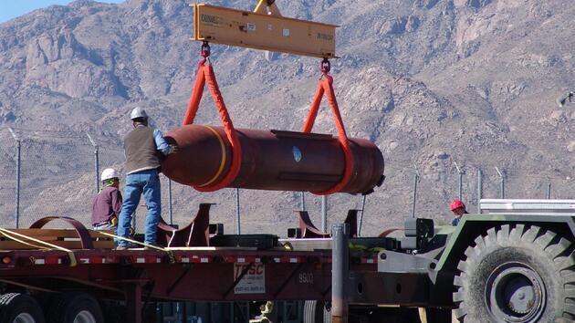 ABD'den İsrail'e '14 bin kiloluk' bomba hediye