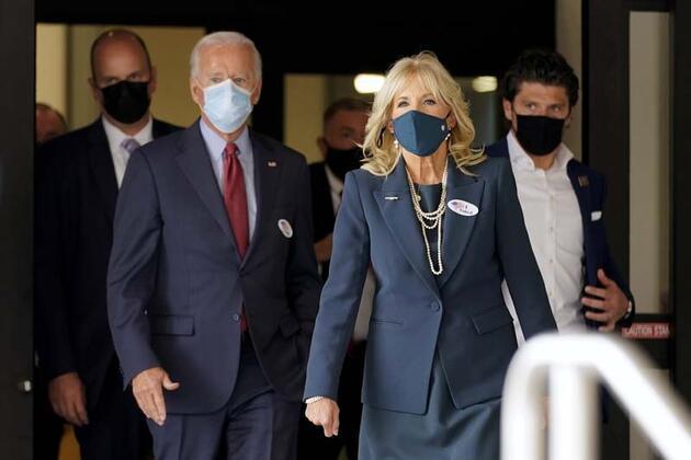 Joe Biden erken oy kullandı