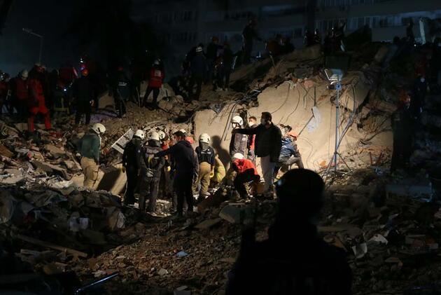 Uzman isim uyardı: Bunlar daha büyük depremlerin ayak sesleri