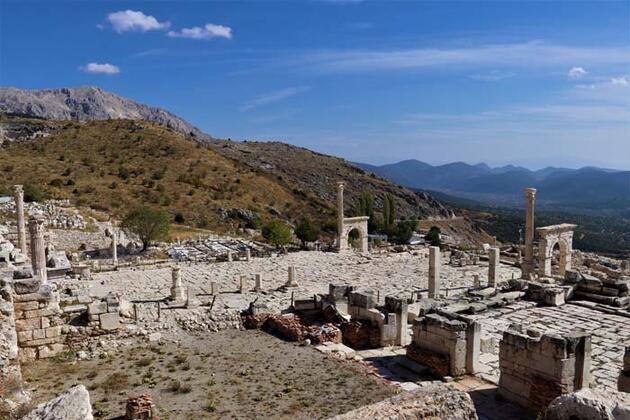 'Aşkların ve imparatorların şehri' Sagalassos! Mimarisi ile ziyaretçilerini cezbediyor