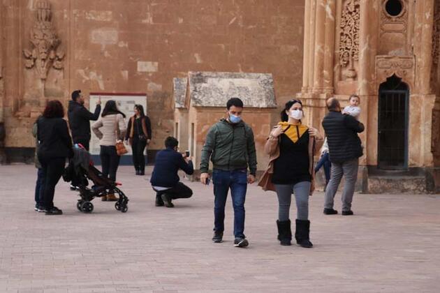Osmanlı mirası İshak Paşa Sarayı 105 bin turist ağırladı