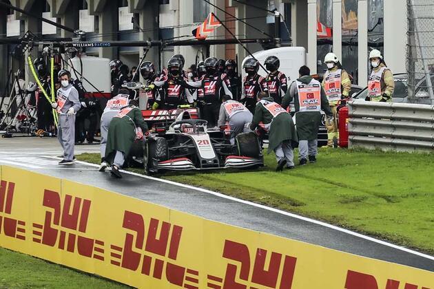 Lewis Hamilton İstanbul'da tarih yazdı